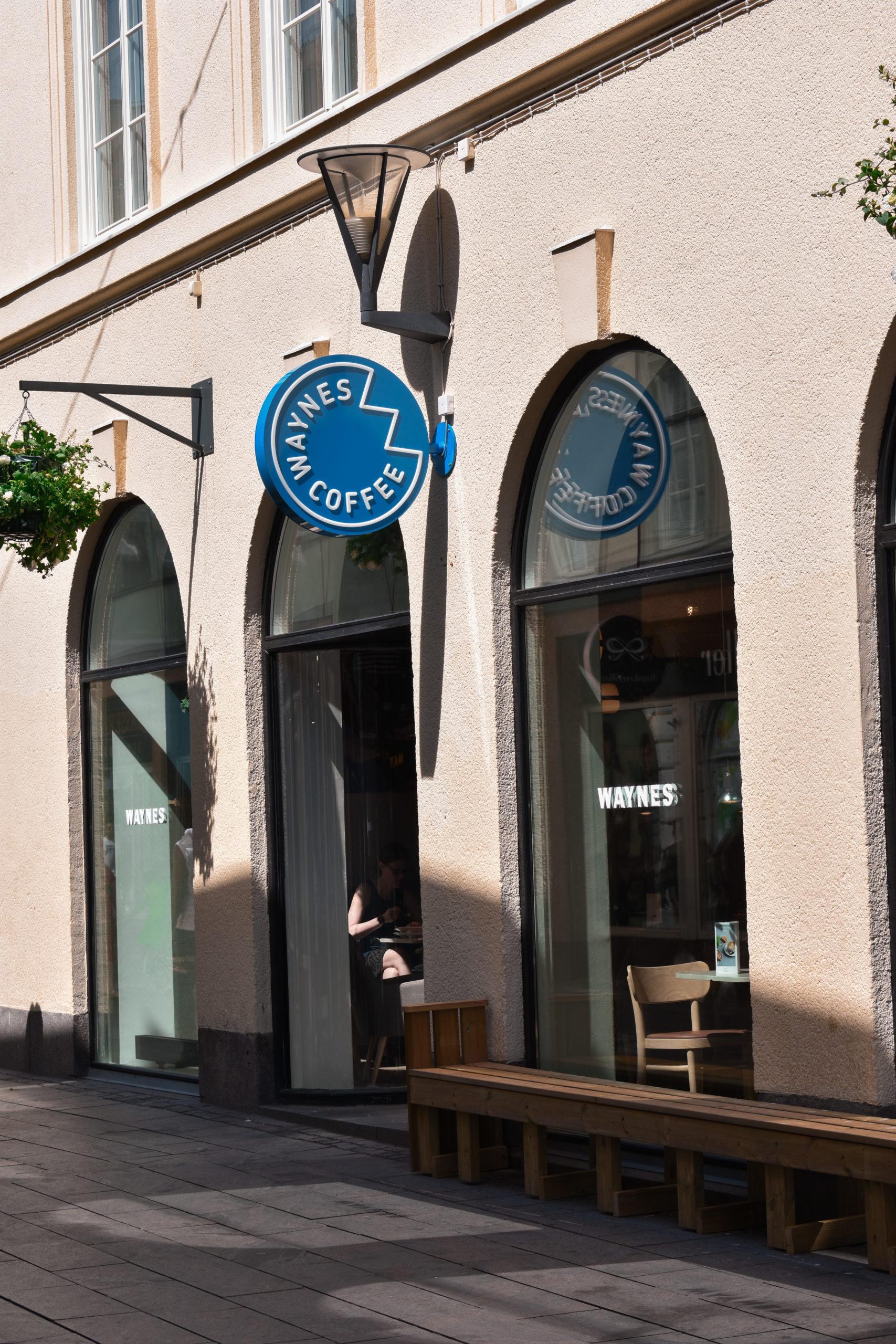 waynes coffe linköping aurum